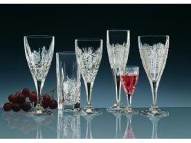 Naším sortimentem je sklo, porcelán, keramika, bižutérie, dárkové předměty