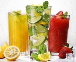 LETNÍ OSVĚŽUJÍCÍ DRINKY V BAGETERII BOULEVARD