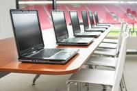 Počítačová učebna na fotbalovém stadionu